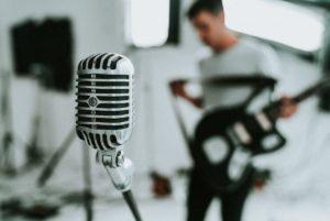 【バンド教室】スタジオ練習でとにかくヴォーカルが歌いにくい!!